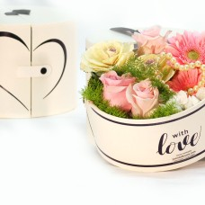 Fine Heart-box with roses
