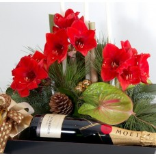 Arrangement with Moet & Chandon champagne