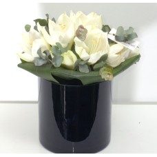 Black & White fine bouquet