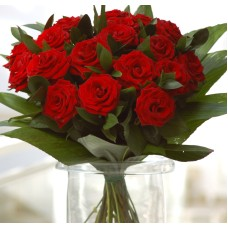 Bouquet of 25 Freedom luxury red roses