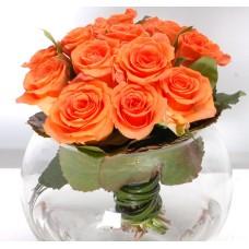 Fine orange roses in a vase