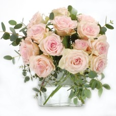 Pink roses tender bouquet