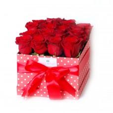 Μπουκέτο με 16 κόκκινα τριαντάφυλλα