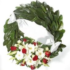 Δάφνινο στεφάνι με άνθη